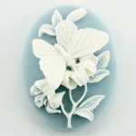 Plastic Cameo - Butterfly Oval 40x30MM WHITE ON BLUE