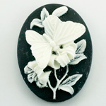 Plastic Cameo - Butterfly Oval 40x30MM WHITE ON BLACK